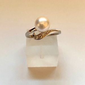 Adjustable Natural White Pearl Cuff Brass Ring